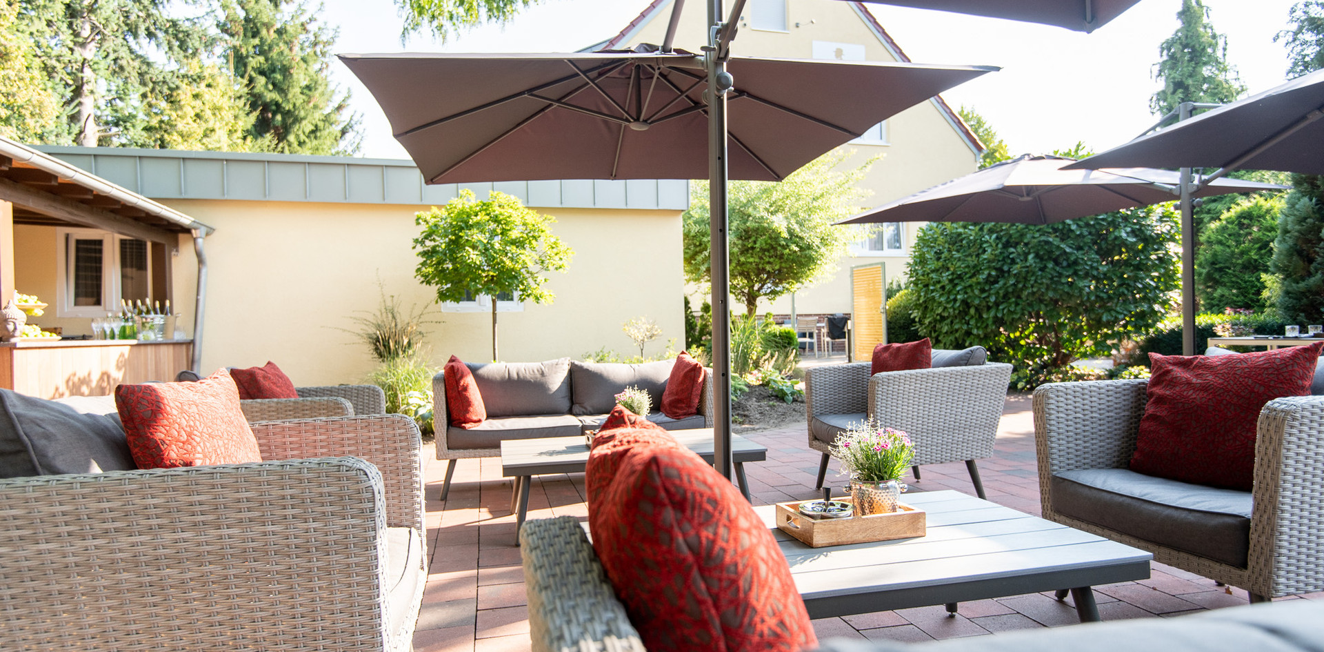 Sitzgelegenheit Gartenterrasse Hotel Wegner - the culinary art hotel