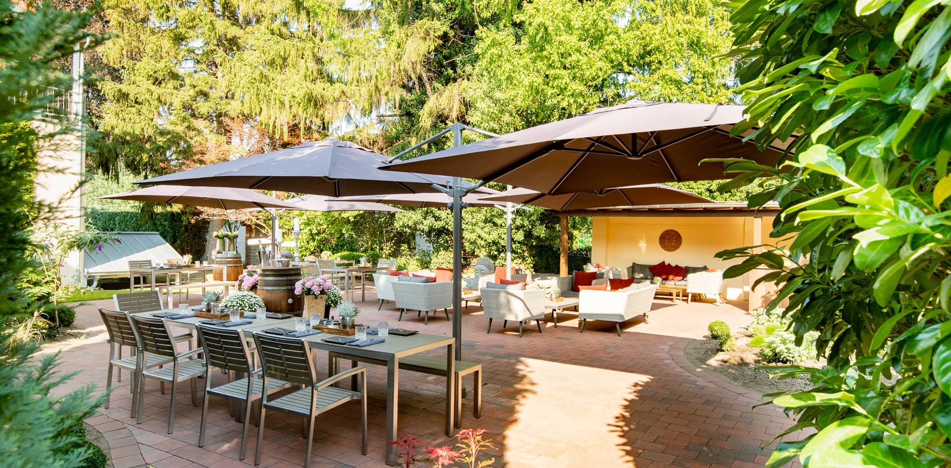 Gartenterrasse Eingang Hotel Wegner - the culinary art hotel