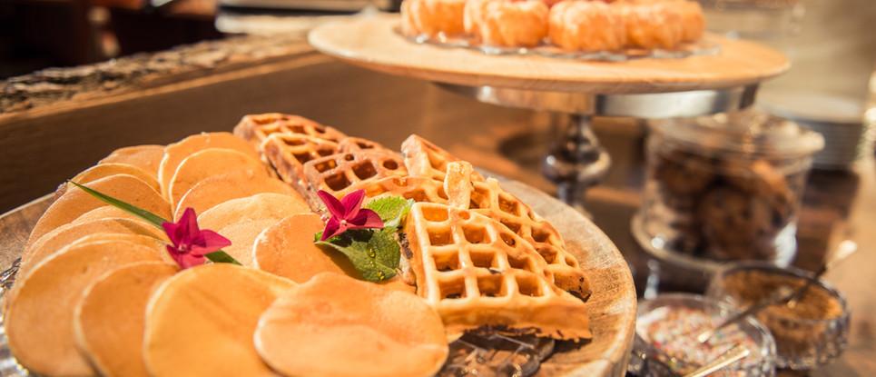 Pancakes und Waffeln Frühstücks-Manufaktur
