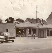 Gebäude Anfang der 50er Jahre.JPG