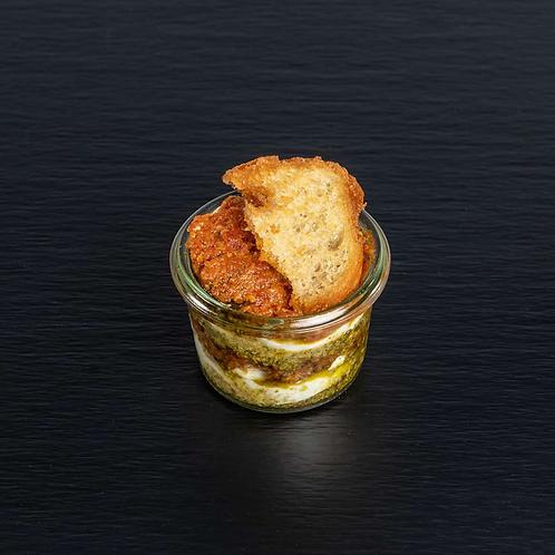 Italien im Glas: Tomatensalsa, Büffelmozzarella und Pesto Verde
