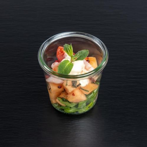 Shrimps-Melonensalat mit Limetten, Minze und rosa Pfeffer