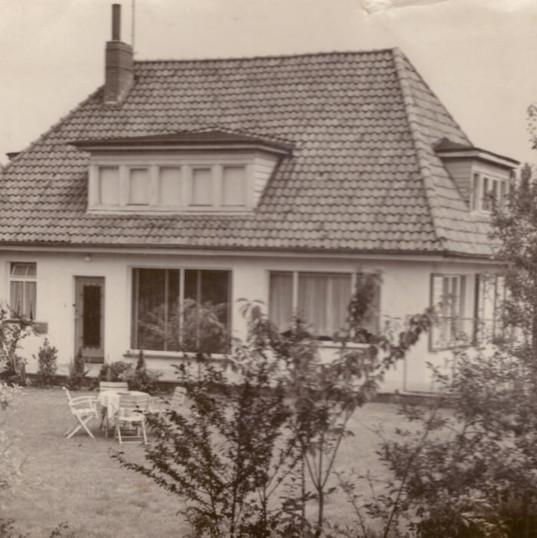 Villa 1 in den 50er Jahren.JPG