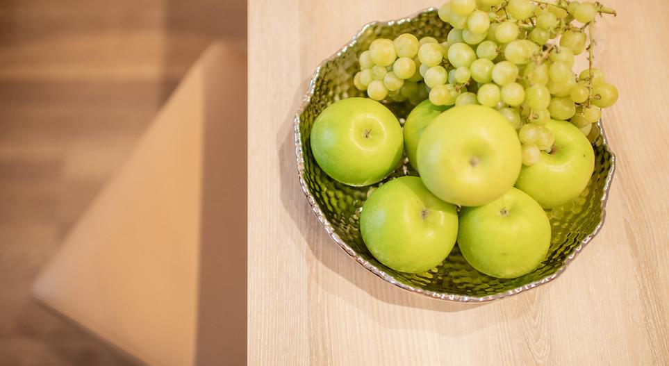 Obstteller auf dem Zimmer Hotel Wegner - The culinary Art Hotel