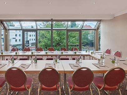 Tagungsraum Wiesenau Tagung im Hotel Wegner - the culinary art hotel