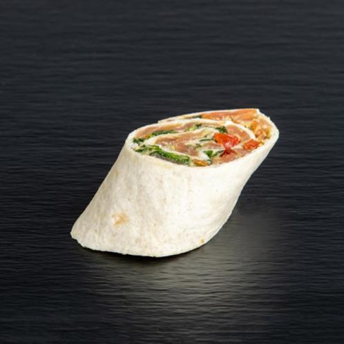 Wrap mit geräuchertem Lachs und Avocado-Crème