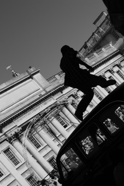 London- Photo by Yaghvali Falzari