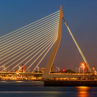 20. 20.Erasmus Bridge (1996) Rotterdam, Netherlands_Credit Gnoparus