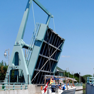 14. Chambly Canal Bridge, Quebec_Credit WSP