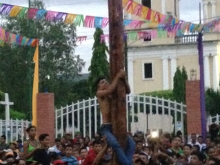 "Palo Lucio: The ""Art"" of Greased Pole Climbing"