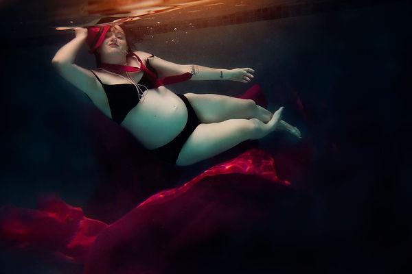 Gympie Photographer Underwater Portrait
