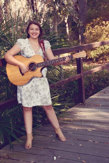 alice benfer Brisbane photographer gympie photographer sunshine coast photographer  portrait elise janette
