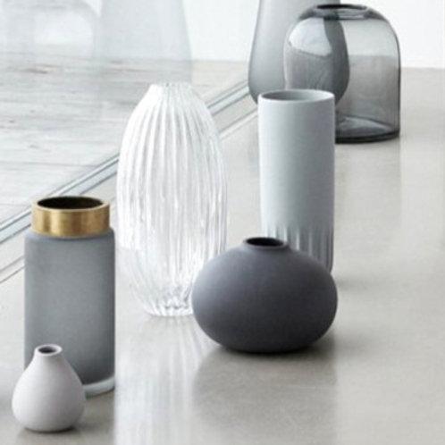 organische Vase hellgrau