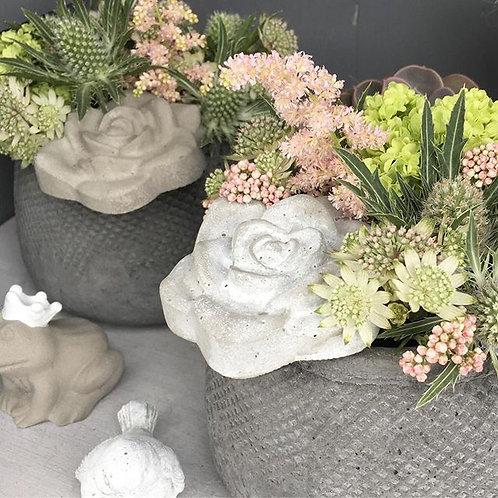mittleres Blumengesteck