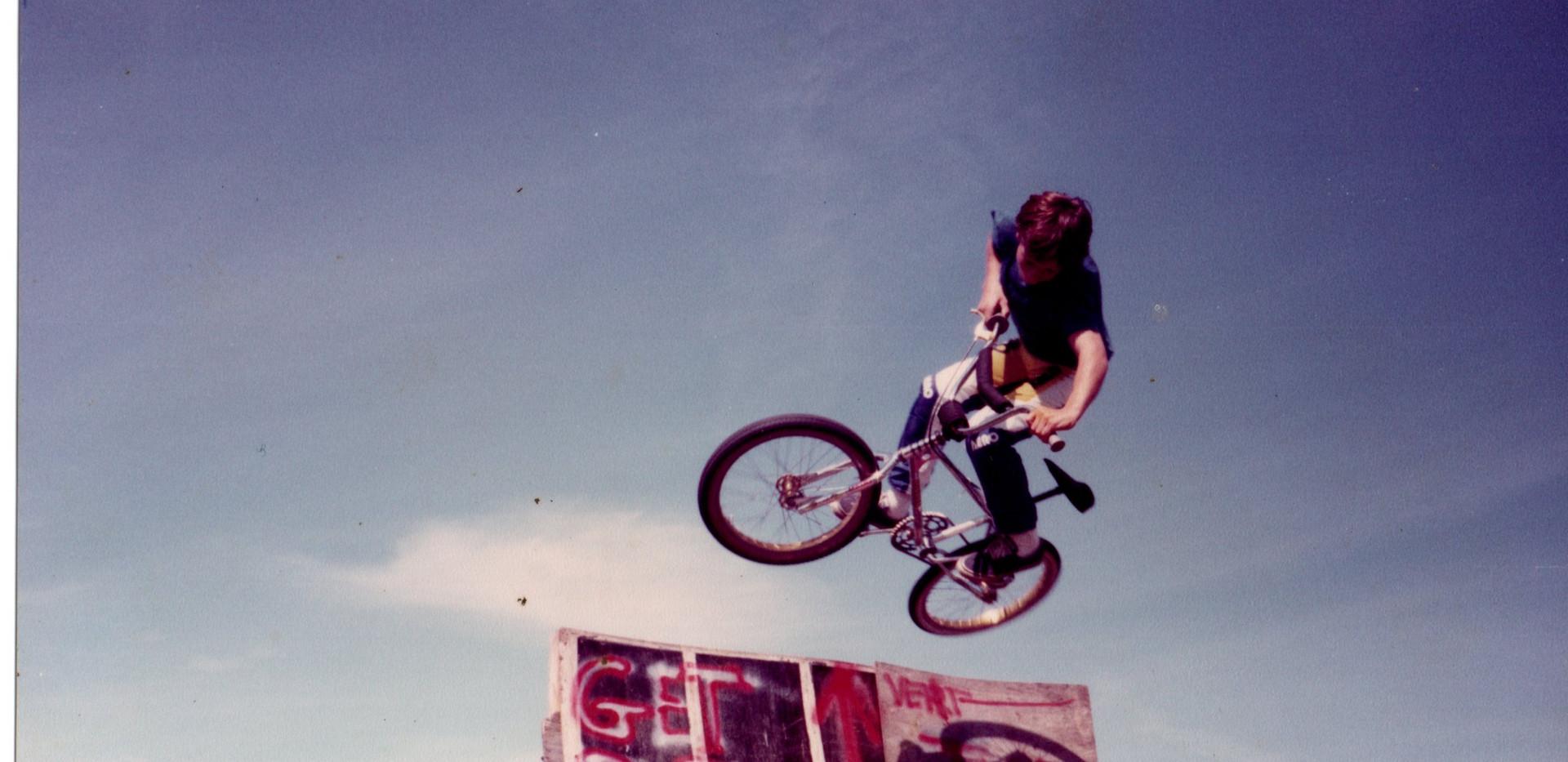 1982 sk.jpg