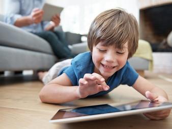 ¿Cuántas horas de tecnología le puedo permitir a mi hijo?