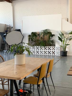 Lampoluce Studios - Eat and Watch