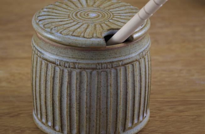 Honey Pot, versatile