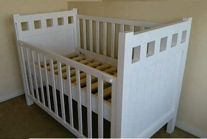 cuna de bebé Noemí