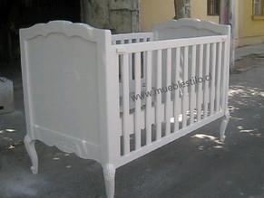 Cuna de bebé provenzal, en madera