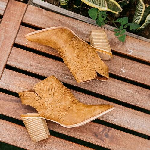Cowboy inspired Suede Boots!