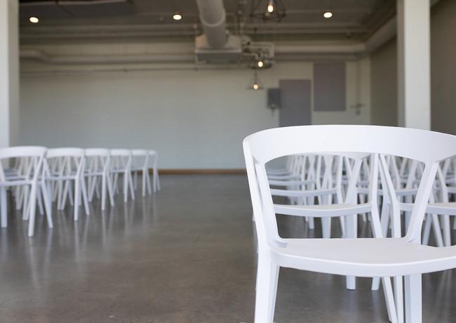 Half indoor-half outdoor seating