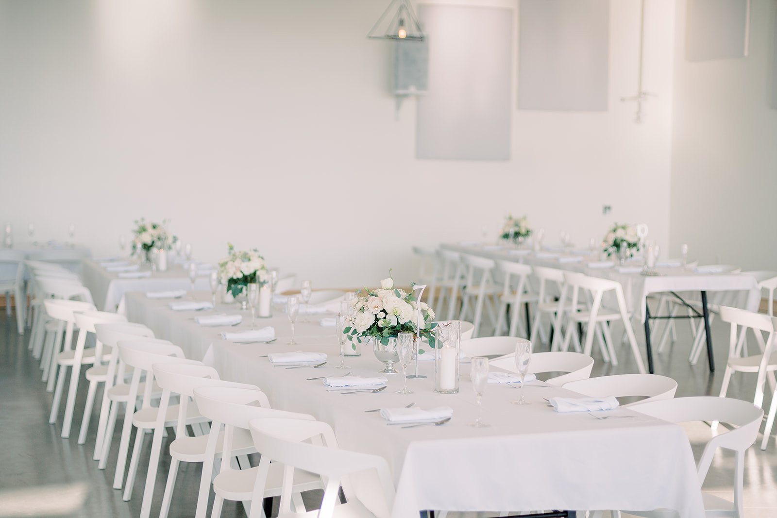 The Lane tables with linens