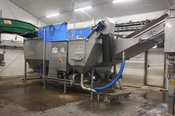 Multiple-function soakingtank