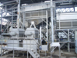 Rotary filter washwater pea line