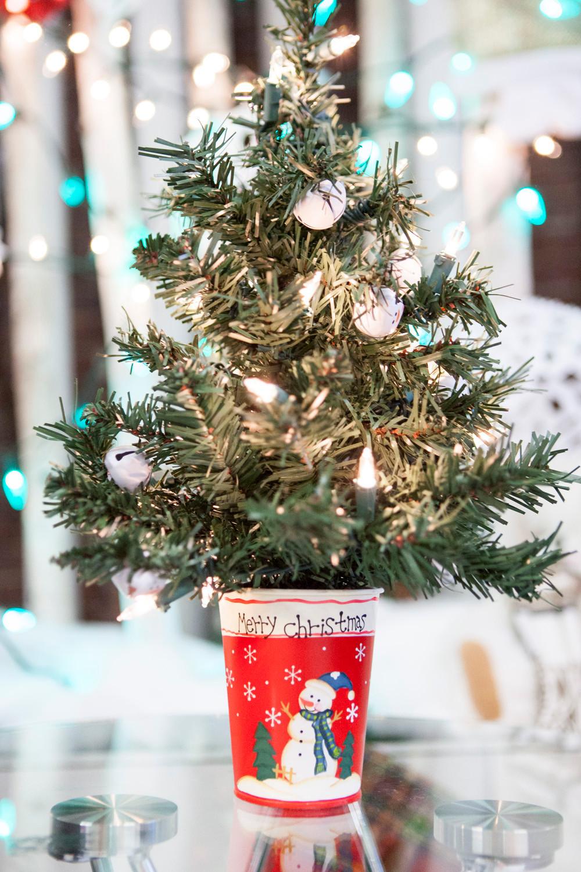 Les Dames Christmas Tree