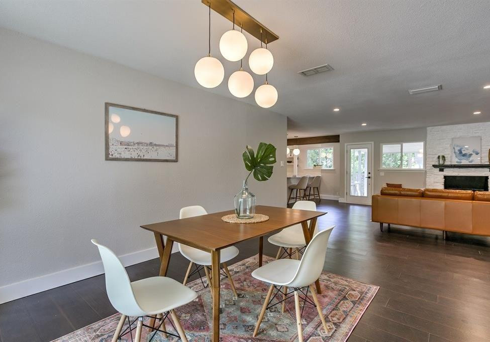 St. Albans Dining Space