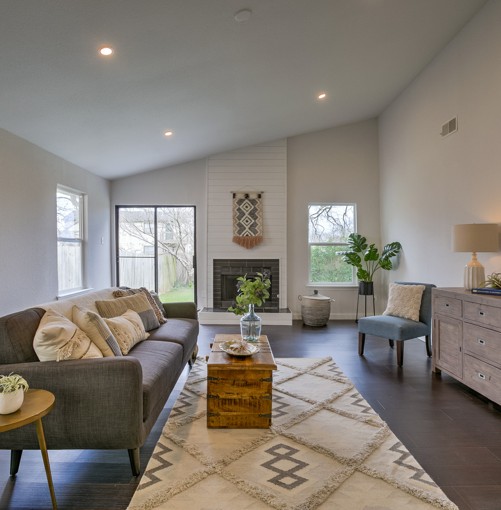 Woodshire Living Room