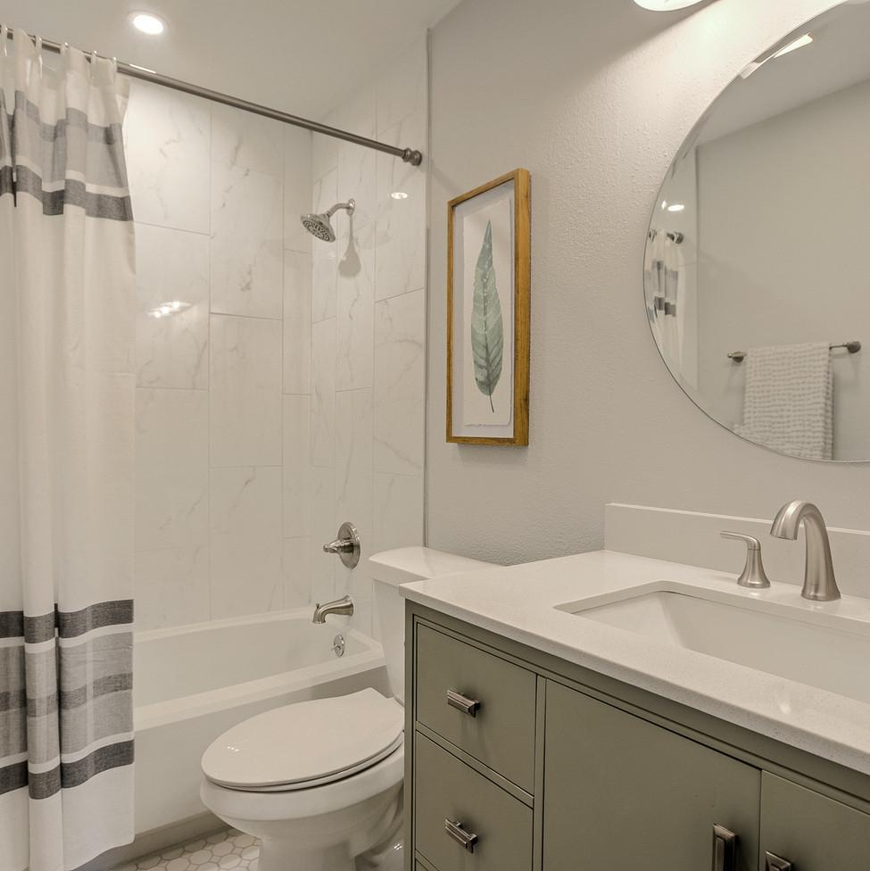 Cornwall Spare Bathroom