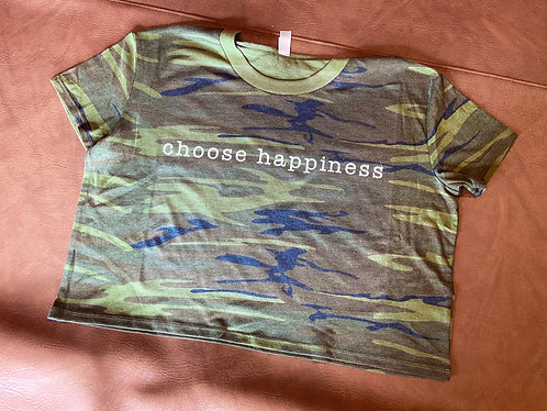 choose happiness camo cropped tee