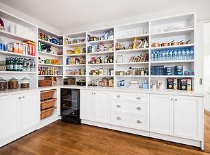 ADAMSON-kitchen-LR-pantry-shpwing-storag