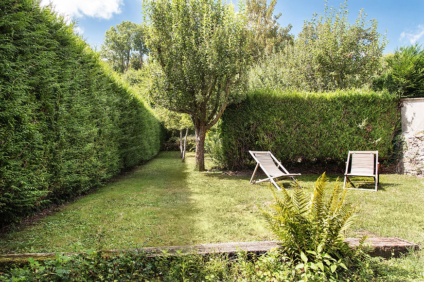 le10honfleur-lamaisonblanche-jardin.jpg