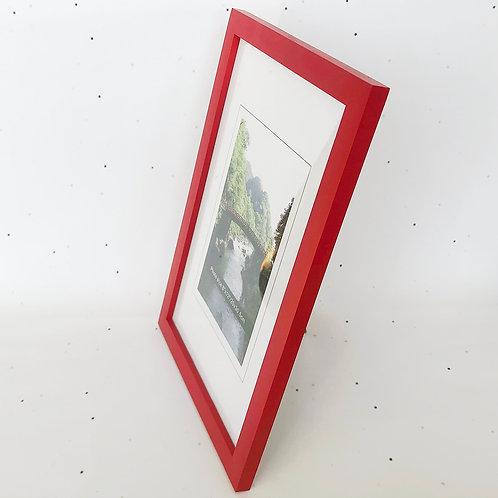 20x30 מסגרת עץ אדומה