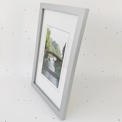 20x30 מסגרת עץ כסף