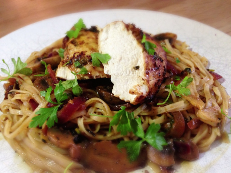 Teriyaki chicken with rice noodles