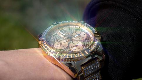 Sparkle Watch - 2020
