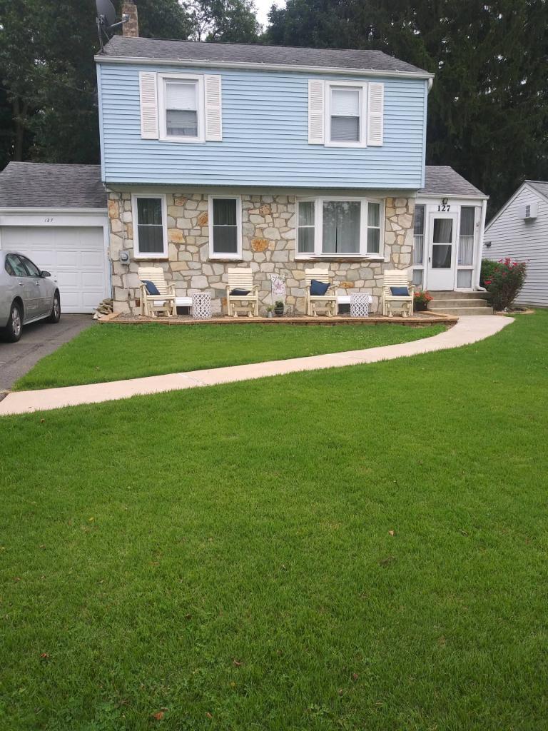 Concrete Walkway & Steps