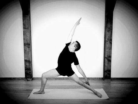 Akli HALLAF - yoga