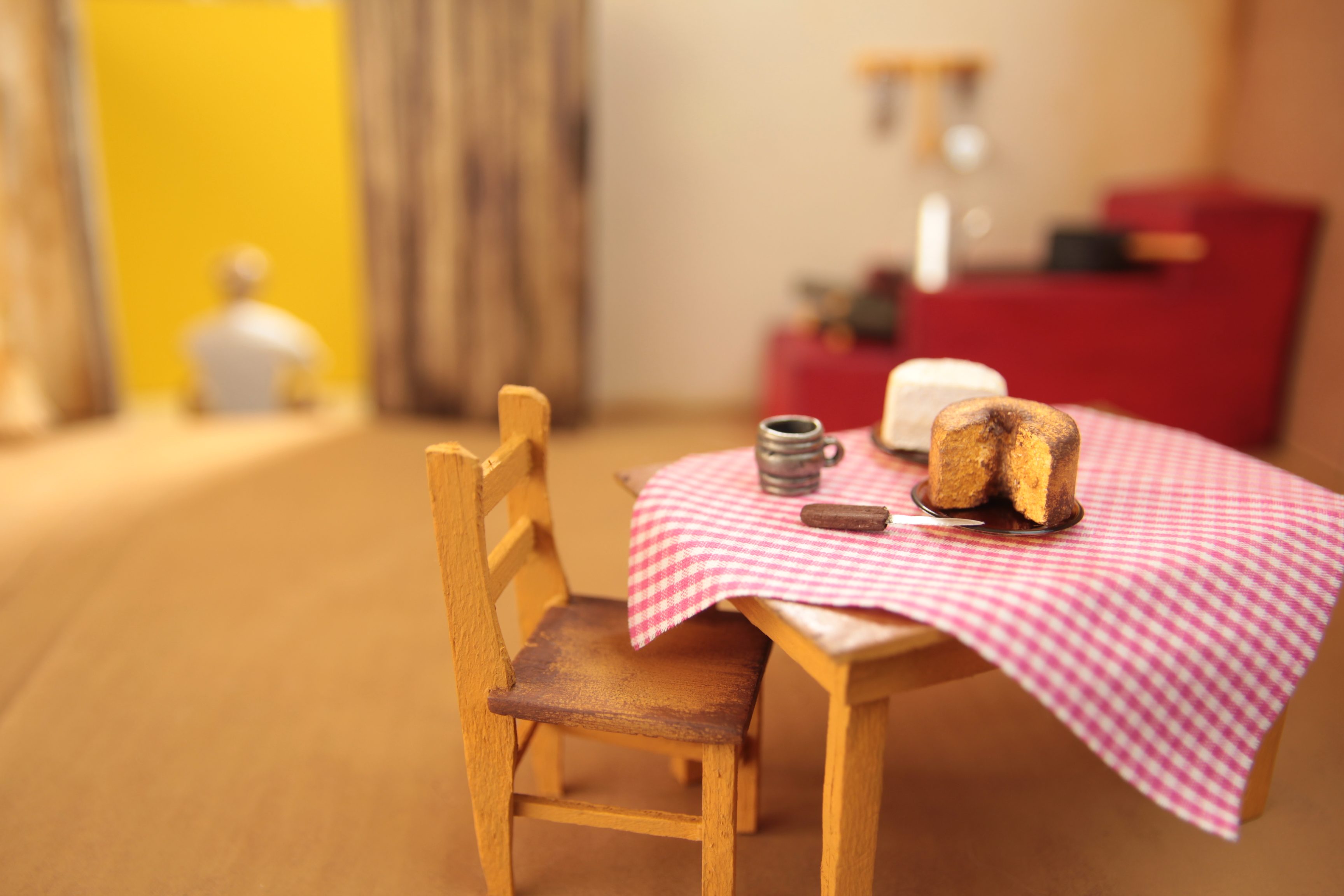 Miniature cabin (details)