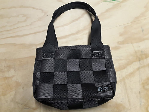 Seatbelt handbag