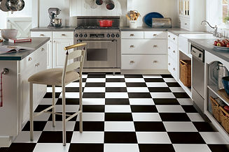 decorating-with-patterned-flooring-check