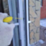 замена уплотнителя на пластиковых окнах, замена резины на алюминиевом окне, утепление окна, продувание окон, полиуретан, графитовая резина, силикон