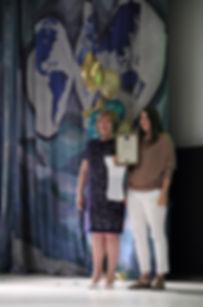 Получение поздравлений и награды от заместителя министра агропромышленного комплекса и продовольствия Свердловской области, награда лучшим в отрасли в направлении организации обучения в области изобразительного и декоративно-прикладного искусства