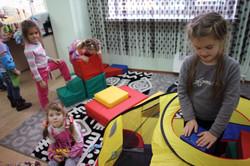 Дети за игрой