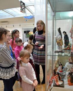 Посещение музея изо