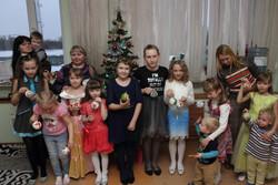 Дети с шарами